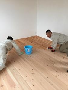 モデル床塗り